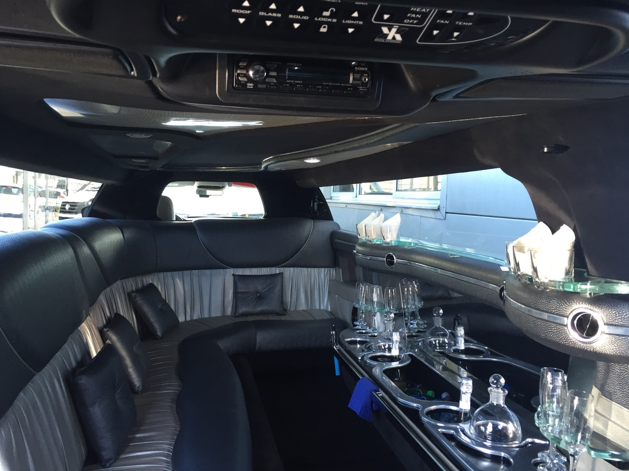 chrysler-limo-interior-day