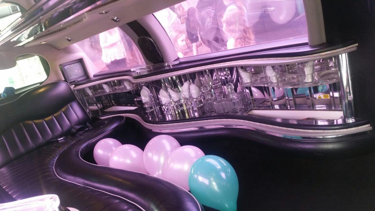 excalibur-limo-interior1